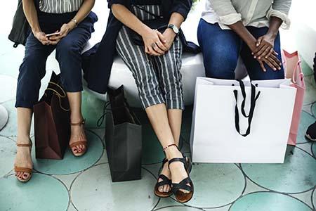 Shopping wird in verschiedenen Stationen durch Newsletter begleitet